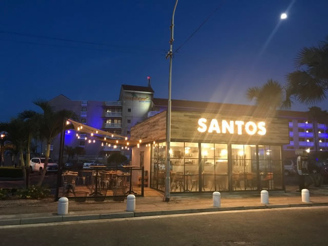 Santos Coffee Shop at Casa Del Mar Aruba